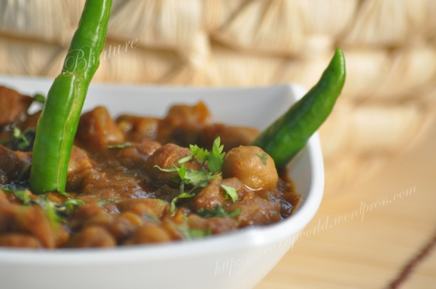 Chole(chana masala)