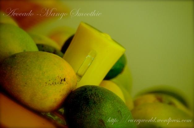 Avocado-Mango Smoothie